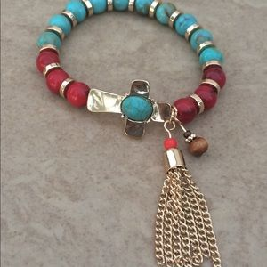 Jewelry - Gold Tone Red & Turquoise Beads Stretchy Bracelet